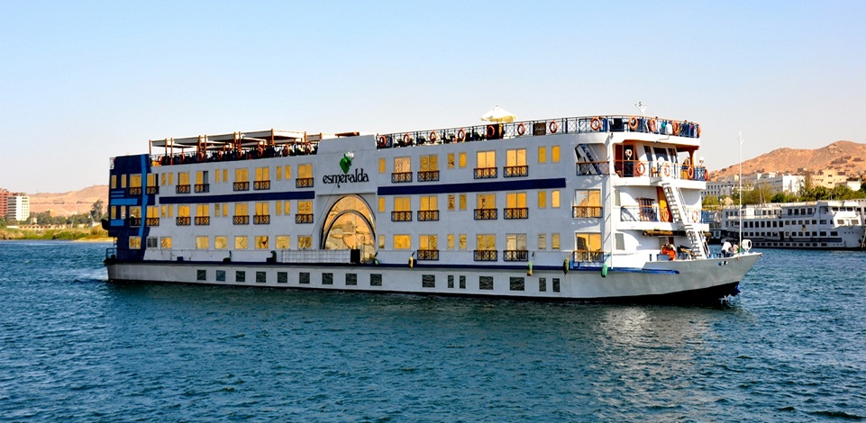 Nile Cruise tour Luxor Aswan