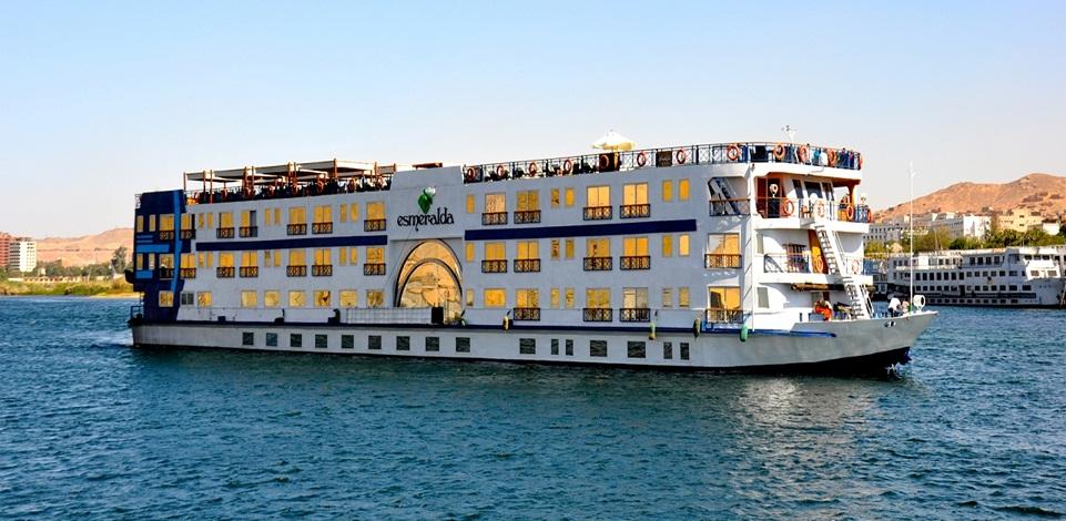 Nile Cruise tour Luxor Aswan